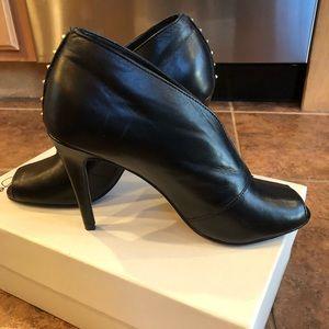 Halogen bootie shoe